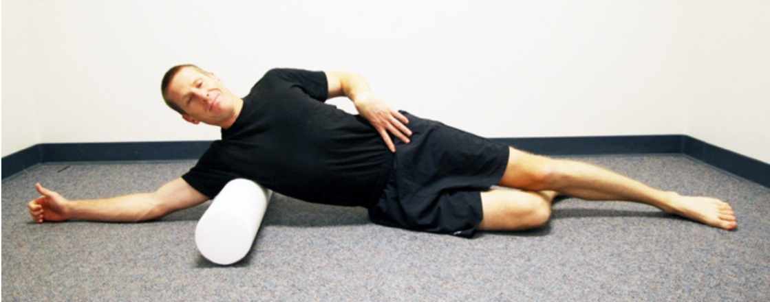 Telemedicine Guide: A Low Back Pain Case Study — Latissimus dorsi (foam roll or yoga tune-up ball) Exercise | SPORTSMEDICINEACUPUNCTURE.COM
