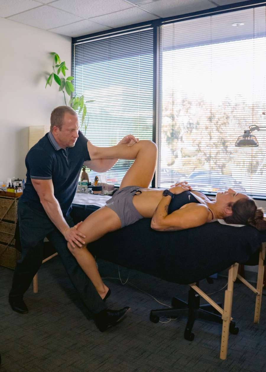 Treating Hip Asymmetry with Sports Medicine Acupuncture® | SPORTSMEDICINEACUPUNCTURE.COM